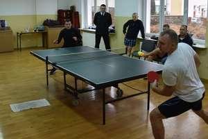 Strażacy rywalizowali o mistrzostwo powiatu w tenisie stołowym [zdjęcia]