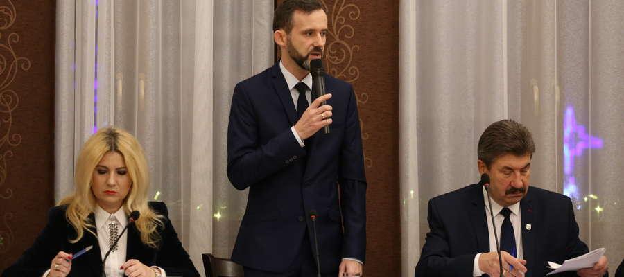 Sprzeciw wobec podwyżek wyrazili m.in. radni PiS-u (od lewej Wioletta Czech i Rafał Rypina)