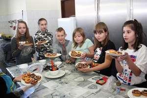 Słodkie warsztaty z seniorkami