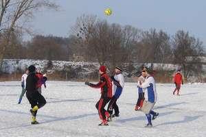 Zobacz historię zimowych turniejów piłkarskich w Sępopolu w XXI wieku. ZDJĘCIA