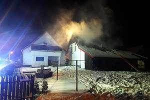Pożar domu w Rostkach Skomackich