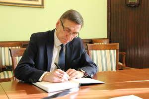Absolutorium dla prezydenta Olsztyna. Radni przyjęli raport o stanie miasta