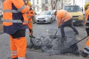 Po weekendzie kierowcy muszą liczyć się z utrudnieniami na jednej z ulic w Olsztynie. Zmiany także w komunikacji miejskiej