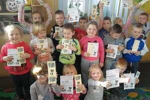 Przedszkolaki z Galin po raz kolejny pomogli potrzebującym zwierzętom