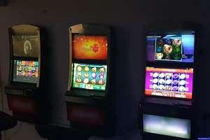 Wykryto sześć automatów do gier hazardowych bez koncesji. Właściciel odpowie przed sądem