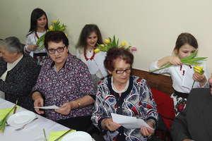 Tulipany dla babć i dziadków w Nielbarku
