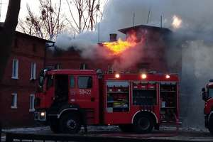 Pożar pustostanu przy ulicy Działyńskich w Nowym Mieście