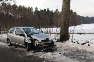 Wypadek koło Olsztyna. 14-letni chłopiec trafił do szpitala [ZDJĘCIA]