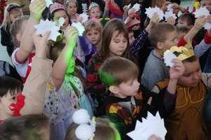 Bal karnawałowy w szkole w Wojciechach