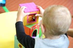 Dzieci będą mogły wrócić do żłobków, ale przy spełnieniu zasad i wytycznych. Jakich? I co z zasiłkiem opiekuńczym?