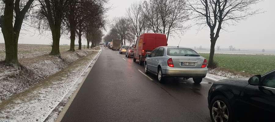 Policjanci apelują o zachowanie szczególnej ostrożności na drodze przez wszystkich użytkowników dróg