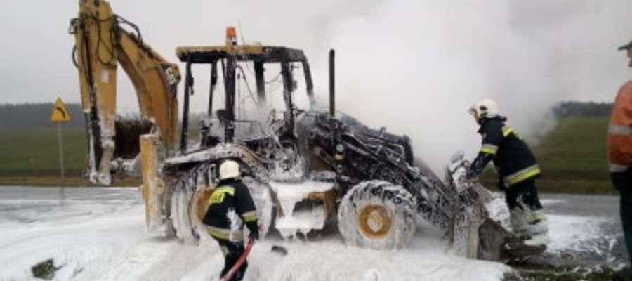 Do pożaru maszyny doszło 21 lutego na trasie Dębiń - Rybno