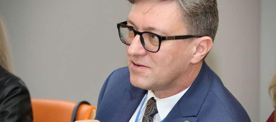 Prof. Jerzy Przyborowski podkreśla, że żaden student nie będzie pozbawiony możliwości zdawania egzaminów