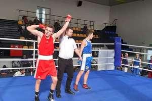 Adrian Krukowski wicemistrzem Polski juniorów w boksie