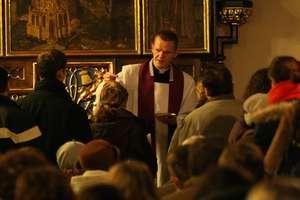 Popiół, modlitwa, jałmużna i post
