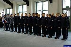 21 policjantów złożyło uroczyste ślubowanie
