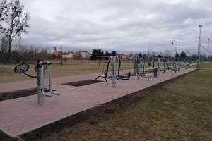 Siłownia w Parku Helwinga gotowa do wiosennych ćwiczeń