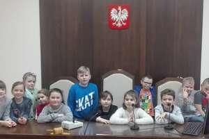Wizyta uczniów klasy II a w sądzie