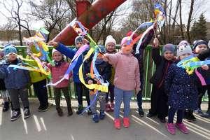 Maluchy z Przedszkola Miejskiego też powitały wiosnę
