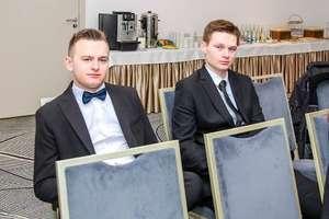 Uczniowie z Malinowa na Konkursie Wiedzy Hotelarskiej