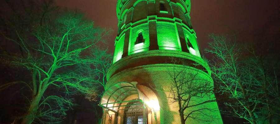Obserwatorium Astronomiczne oświetlone na zielono z okazji Dnia Świętego Patryka. Jak będzie teraz?