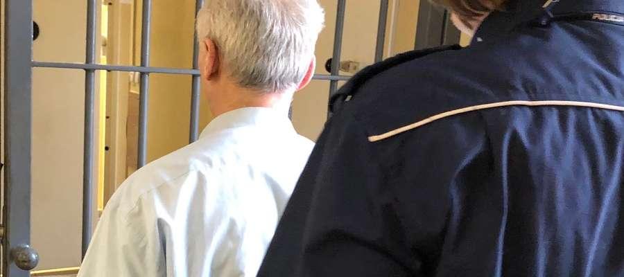 Zatrzymany przez policjantów pięćdziesięciolatek trafił do aresztu