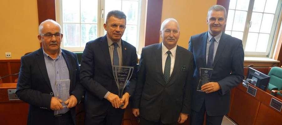 Bogusław Fijas, wójt gminy Ostróda odebrał statuetkę za 3. miejsce w wojewódzkim sportowym współzawodnictwie gmin w 2018 roku