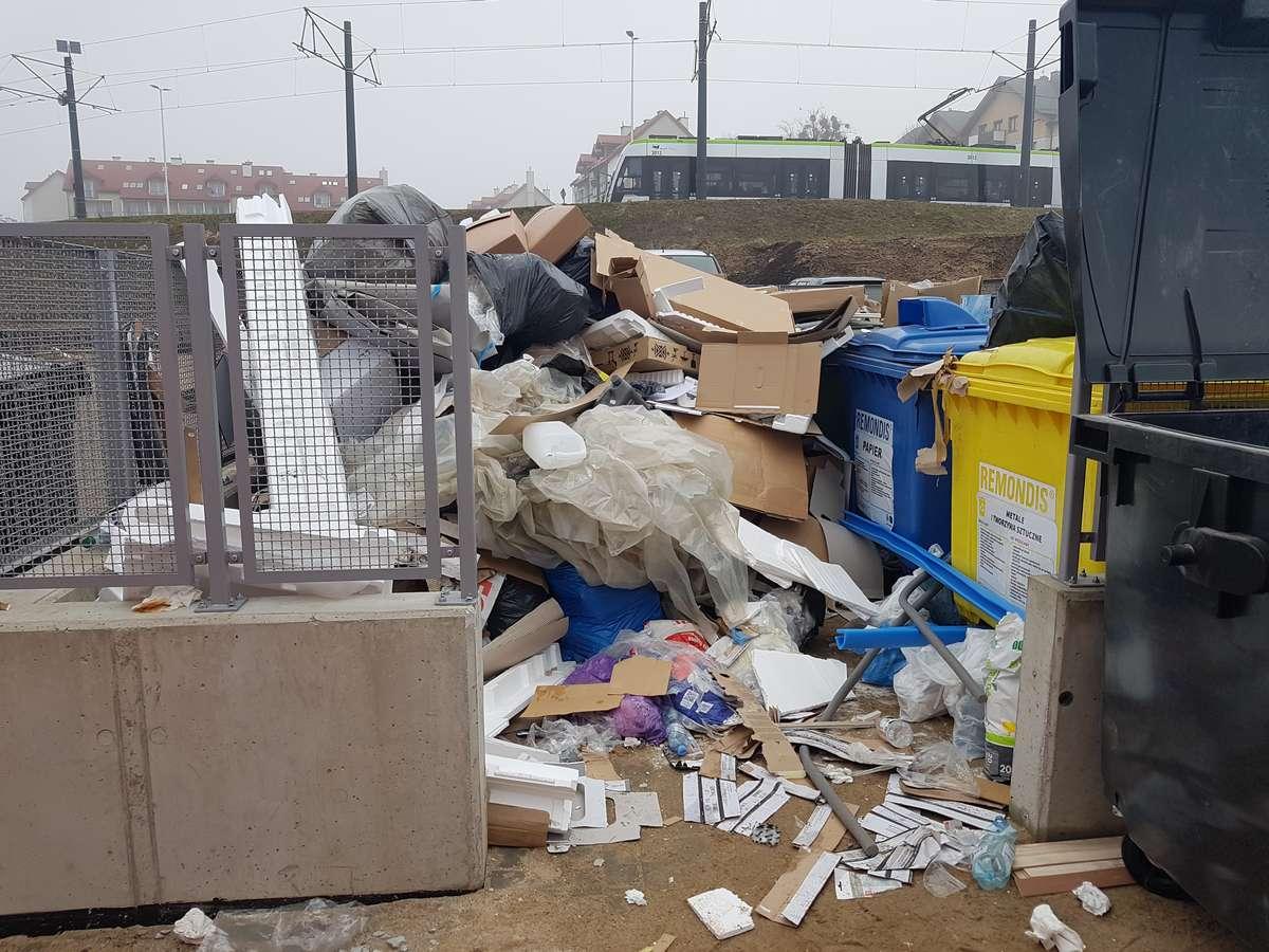 Segregacja śmieci na ul. Wilczyńskiego
