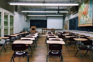 Strajk w szkołach. Uczniowie pozostali w domach