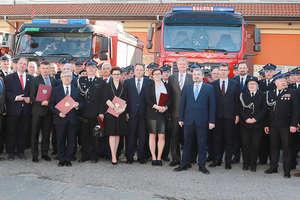 23 wozy trafią do strażaków z województwa [ZDJĘCIA]