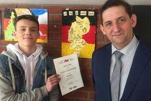 Sukces ucznia z Hartowca w konkursie językowo - plastycznym