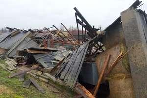 Wichura zrównała z ziemią stodołę. Potrzebna pomoc w odbudowie