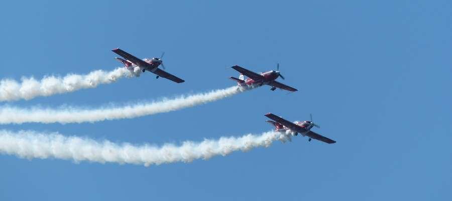 Lotnicza Majówka 2018 — pokaz Grupy Akrobacyjnej Żelazny
