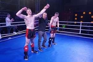 Kickbokserzy bartoszyckiego klubu wygrywają w Mrągowie i jadą na Puchar Świata!