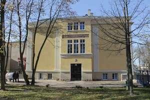 Powiat ogłosił konkursy na stanowisko dyrektorów dwóch szkół
