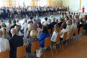 Uczniowie lubawskiego Zespołu Szkół rozpoczęli wakacje