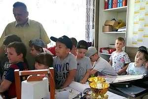Przedszkolaki z wizytą w szkole