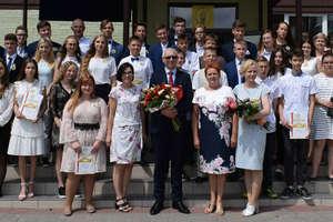 Pożegnanie uczniów klas ósmych w SP 1