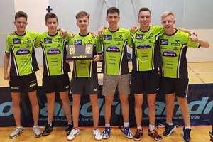 Pingpongiści Morlin II Ostróda wysoko wygrali i awansowali do I ligi