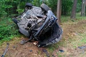 Trzy samochody zderzyły się na DK 16. Jedna osoba jest ranna