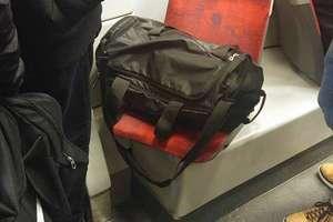 Pani postoi, bo mój plecak musi odpocząć
