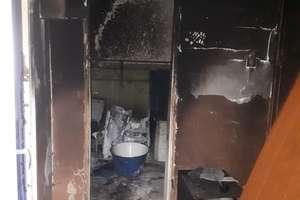 Pożar w Sławoszach. Matka i dwoje dzieci żyją dzięki bohaterskiej postawie 15-latka
