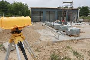 Coraz bliżej końca prac na budowie remizy w Gutkowie [ZDJĘCIA, VIDEO]