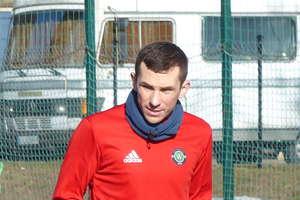 Poważna kontuzja Piotra Kacperka, obrońcy GKS-u Wikielec.