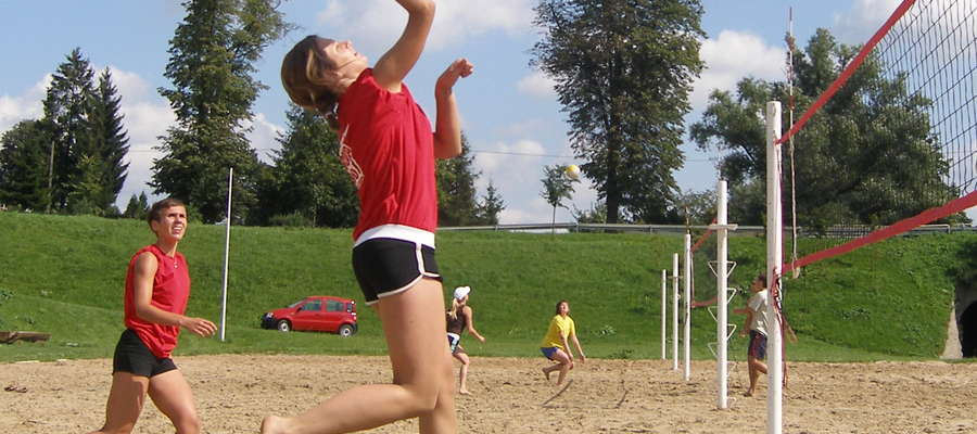 Rok 2007: turniej siatkówki plażowej w Bartoszycach
