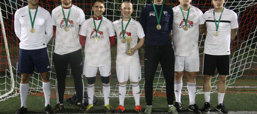 Digger, zwycięzcy II Nocnego Turnieju Piłki Nożnej o Puchar Burmistrza Bartoszyc