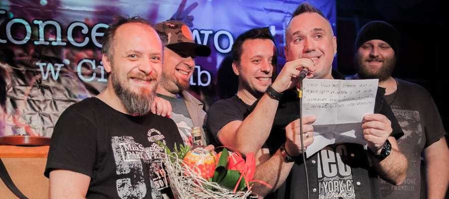 Szymon Wydra odwiedził z zespołem Kętrzyn w 2016 roku