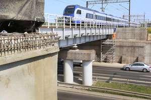 PLK chcą, żeby było bezpieczniej. 120 przejazdów kolejowych na Warmii i Mazurach zostało zmodernizowanych