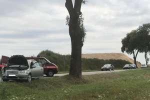 Zderzenie dwóch aut między Kalbornią a Brzeźnem Mazurskim