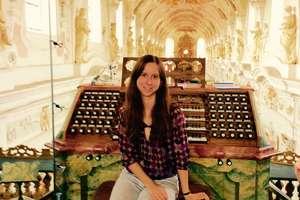 Magdalena Białecka: Organy to moja orkiestra [ROZMOWA]